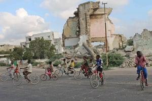 Somalia: Children take ride on their bicycles