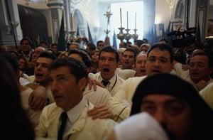 Holy Week: Antonio Banderas as a penitent