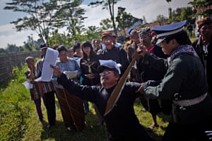Good Friday traditions: Klaten, Indonesia: Catholics participate in re-enactment the crucifixion