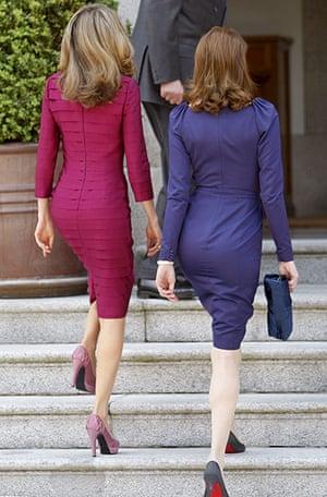Louboutin gallery: Carla Bruni-Sarkozy (L) and Crown Princess Letizia (R)