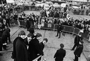 Harry Benson: The Beatles rriving at JFK Airport, New York, 1964