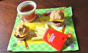A mini hamburger meal made entirely from dried ingredients