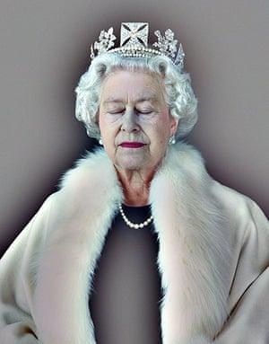 he Queen: Art and Image: Lightness of Being