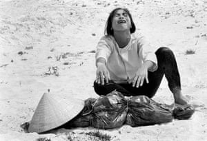 Horst Faas gallery: A South Vietnamese woman mourns
