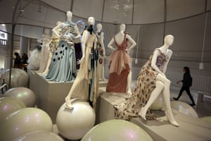 ballgowns at the V&A: Ballgowns: British Glamour Since 1950