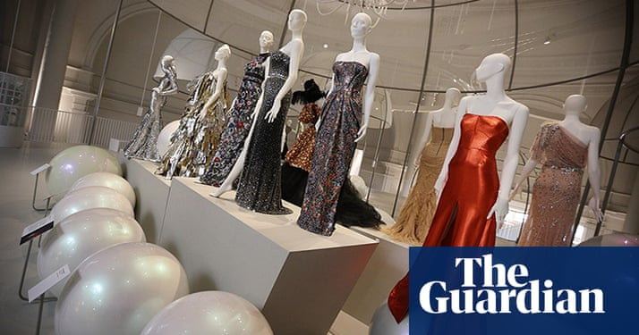 Ballgowns British Glamour Since 1950 At The V Amp A In