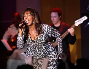 Donna Summer: Summer performs with Earth, Wind and Fire in 2007