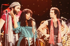 Donna Summer: Summer onstage with the vocal group Brooklyn Dreams