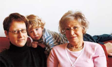 Sara Freedland and family