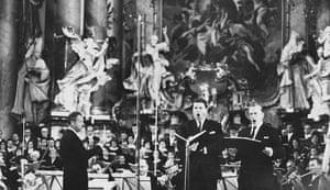 Dietrich Fischer-Dieskau: 1964: English composer Benjamin Britten (left) conducts 'War Requiem'