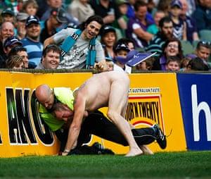 sport2: 2012 Australian Rules Round 7 Fremantle v Port Adelaide May 13th