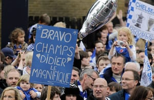 Chelsea parade: Drogba poster