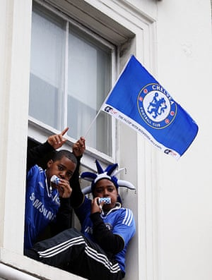 Chelsea parade: Young fans