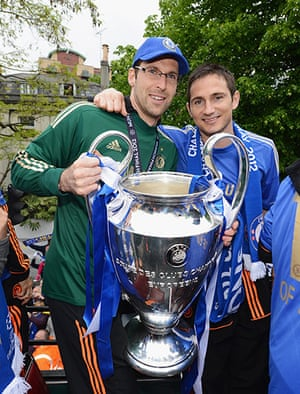 Chelsea parade: Cech and Lampard
