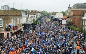 Chelsea parade: Fans process