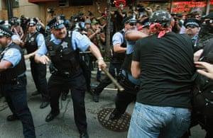 Picture desk live: *** BESTPIX *** Demonstrators Protest The NATO Summit In Chicago