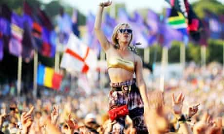 Glastonbury Festival 2010 crowd