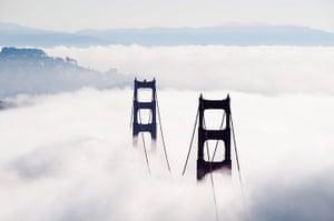 Golden Gate Bridge: Golden Gate Bridge fog