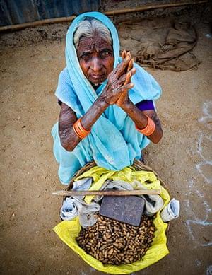 Hampi: Kenchamma, a peanut seller in Hampi