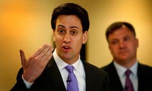 Miliband raps university 'snobbery