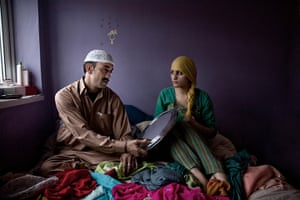 Great British Public: A couple changes into Islamic dress in their bedroom