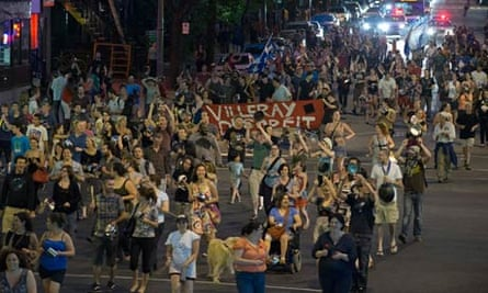 protestors montreal pots pans