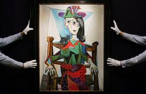 Top ten art auctions: Dora Maar au Chat (1941) by Pablo Picasso