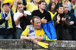Best of the week: Dejected Clermont Auvergne fan