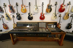 Week in music: A Les Paul recording mixing console