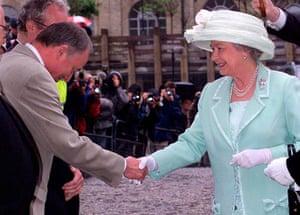 Ken Livingstone: Queen Elizabeth is greeted by London Mayor Ken Livingstone