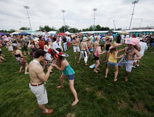 Kentucky Derby: Party in the infield