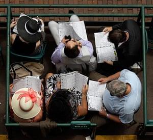 Kentucky Derby: Racegoes study the form