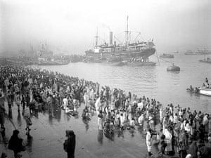 British Raj photographs: Ships docked at the Chandpal Ghat in Kolkata