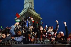 Francois Hollande wins: French citizens celebrate at Place de la Bastille