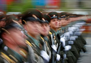 Victory Day in Russia: Russian soldiers march in Red Square