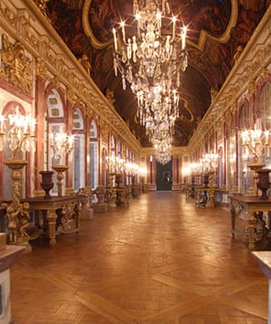 Dolls' houses: Versailles Hall of Mirrors