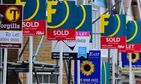 house sales and letting signs