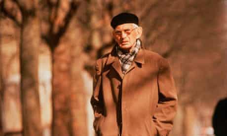 Samuel Beckett walking in Paris