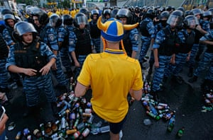 24 hours in pictures: Swedish fans at the stadium in Kiev during EURO 2012