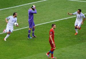 Greece v Czech2: Gekas celebrates