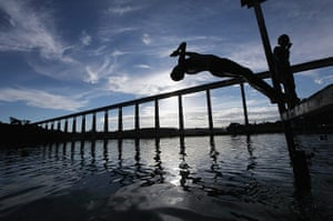 Amazon deforestation : Brazil environmental challenges in Amazon Ahead of Rio+20 Earth Summit