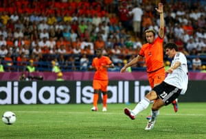 sporty5: Netherlands v Germany - Group B: UEFA EURO 2012