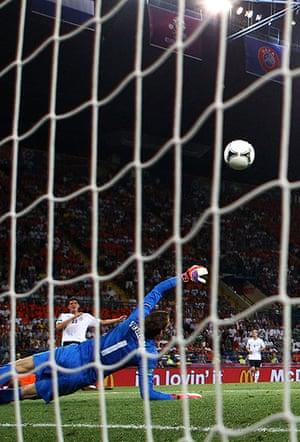sporty7: Netherlands v Germany - Group B: UEFA EURO 2012