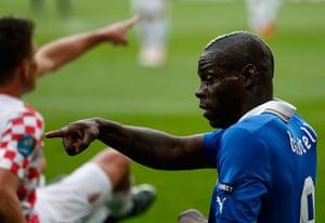 footy: Italy's Balotelli