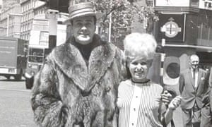Victor Spinetti with Barbara Windsor