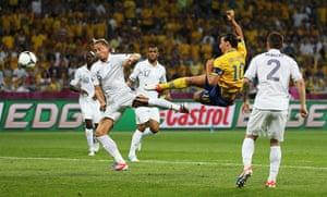 group d3: Zlatan Ibrahimovic scores