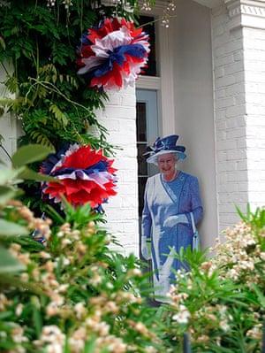 Diamond Jubilee: Diamond Jubilee - Street Party