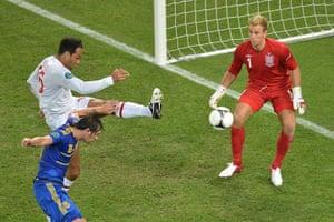 group d4: English defender Joleon Lescott