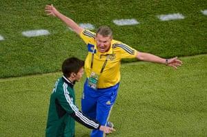 group d4: Ukraine's coach Oleg Blokhin