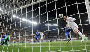 group d4: England's Rooney scores